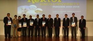 Pemberian sertifikat penghargaan