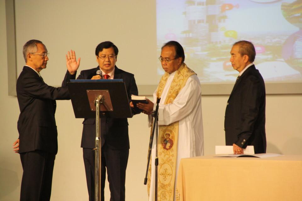 Pengucapan janji rektor periode 2013 - 2018