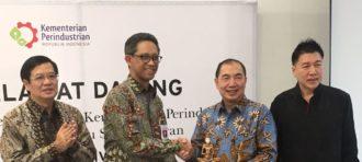 Komitmen dalam Membina Nusantara